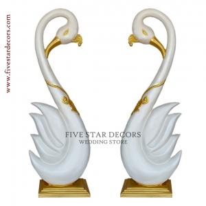 Swan Pillar